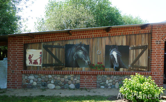Роспись на стене гаража