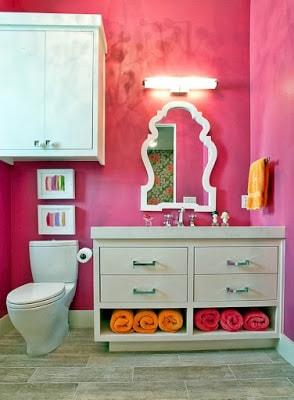 Идея детской ванной комнаты: комплекты мебели и декора идеи